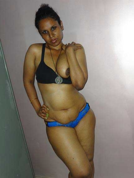 Indian pornstar Lily ki nude chuchiya