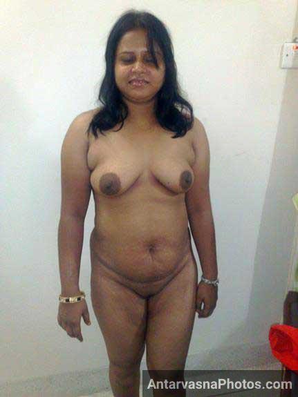 hot boobs show kar rahi he