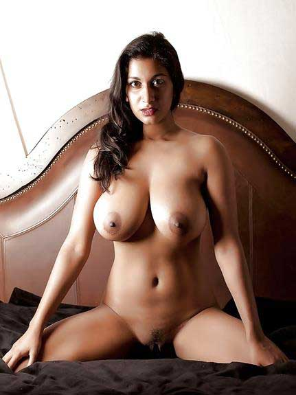 bade indian boobs photos
