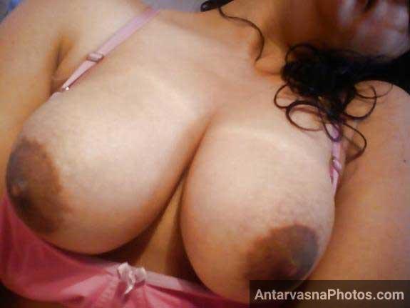 big indian boobs doosh ka sagar hain