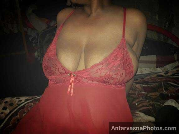 big indian boobs photos download kare