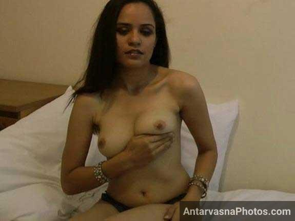 boobs chusne ki offer kar rahi he