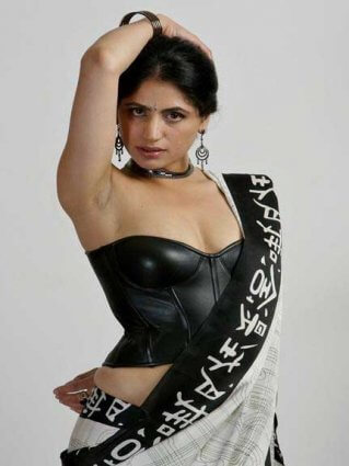hot Indian girl ka photo dekhe