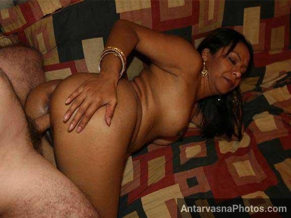 hot Indian aunty ki ghodi sex style me chudai