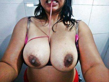 bhabhi ke desi big boobs dekhe