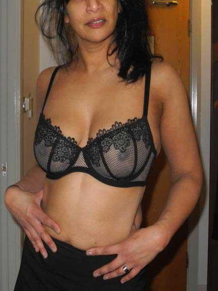 Indian bra me nude photos