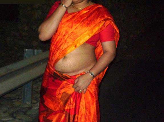 kamwali sexy aunty ki photo