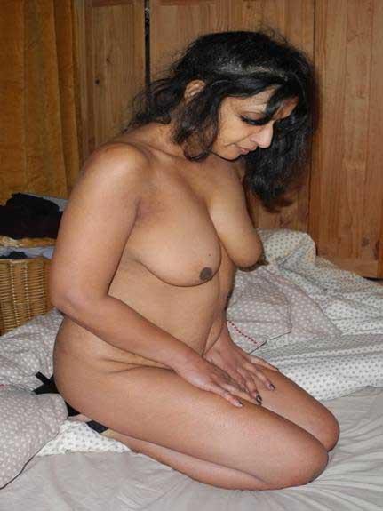 nude girl ki pics enjoy kare