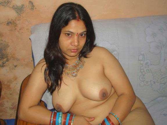 nude Indian aunties ke bade boobs