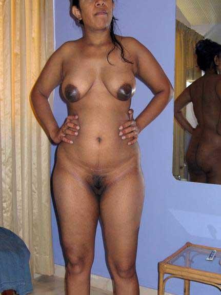 nude Indian aunties enjoy kare