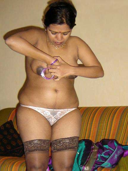 punjabi aunty ke hot sexy photos