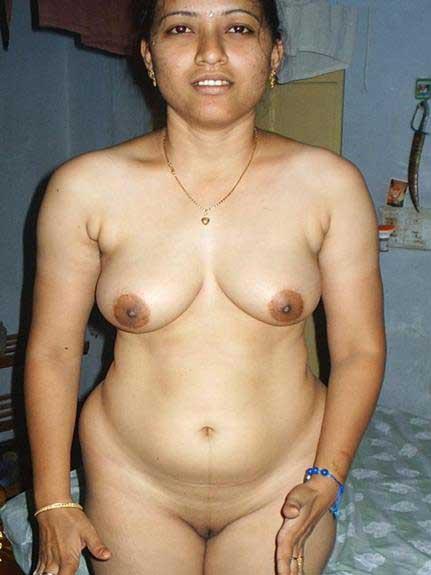 nude boobs enjoy kare