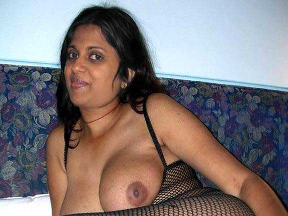 Indian porn pics bhabhi boobs