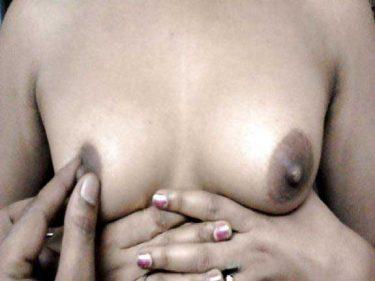 bhai bahan sex photo boobs dabae