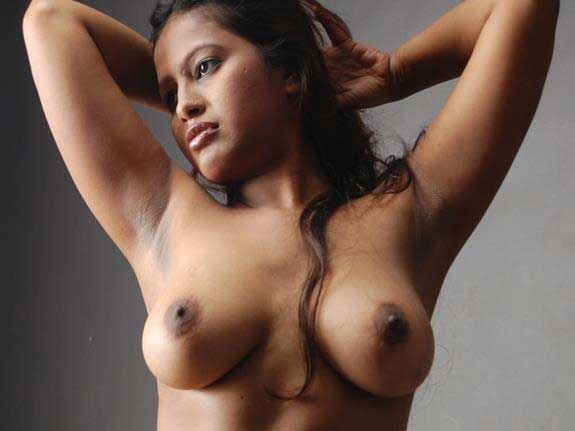 sexy Indian boobs ka photo