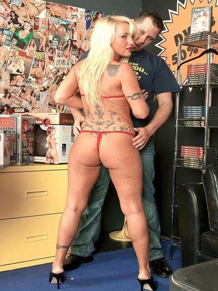 nude ass enjoy kare porn pics ke sath