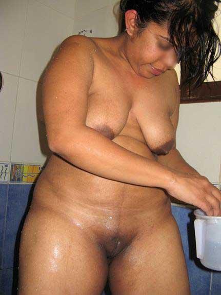 nude Indian aunties ki porn pics