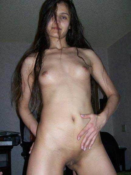 lovely babe ki nude pics
