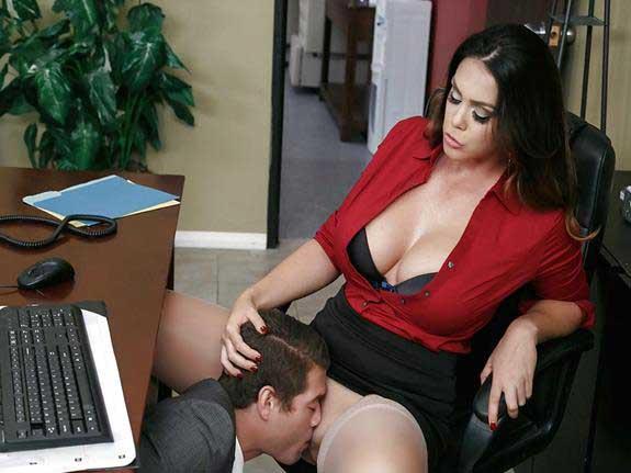 office sex chut chat ke job li