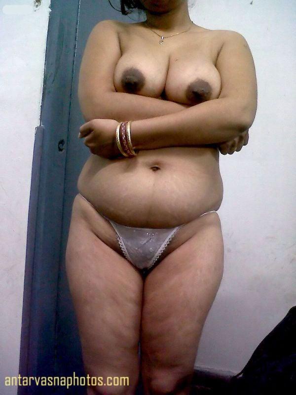 Indian aunty big boobs photos