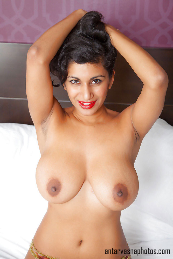 Round boobs ki photos