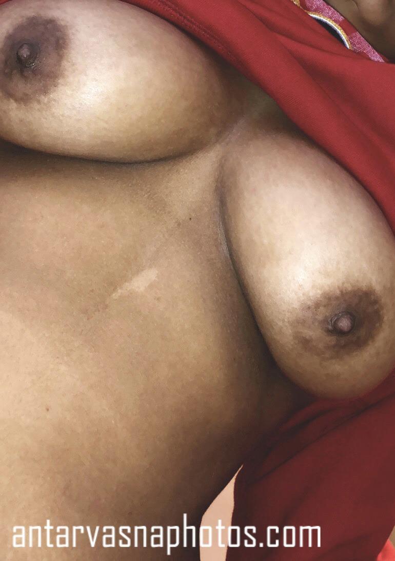 Sexy gf ke boobs ki photos