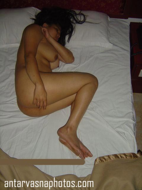 Nude desi bhabhi