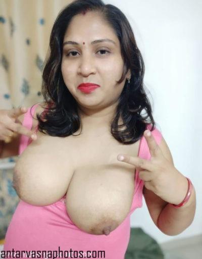 Reema khan ass