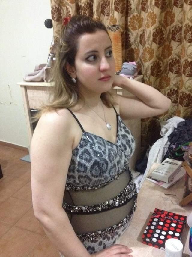 Gori sexy pakistani muslim aunty sex pics - Antarvasna Photos