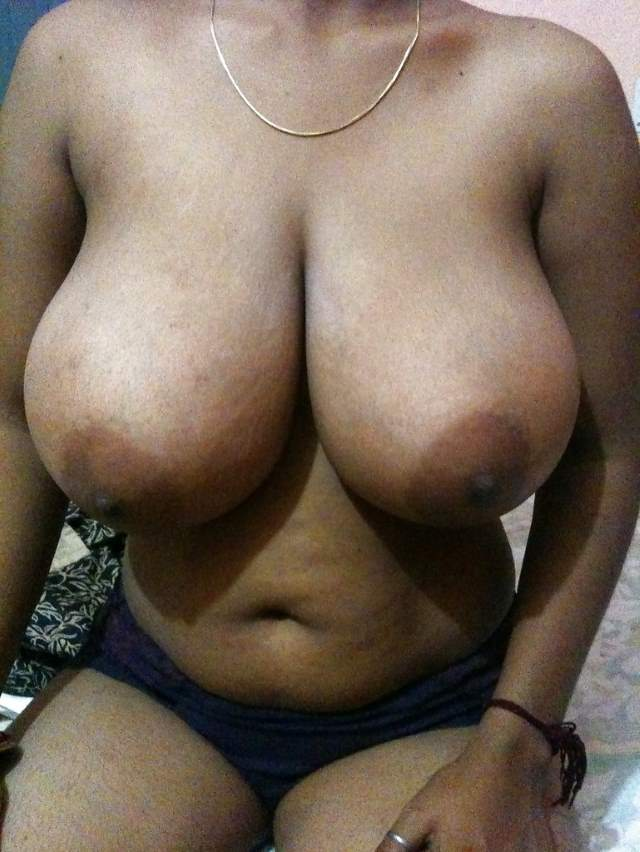 indian aunties boob really melons