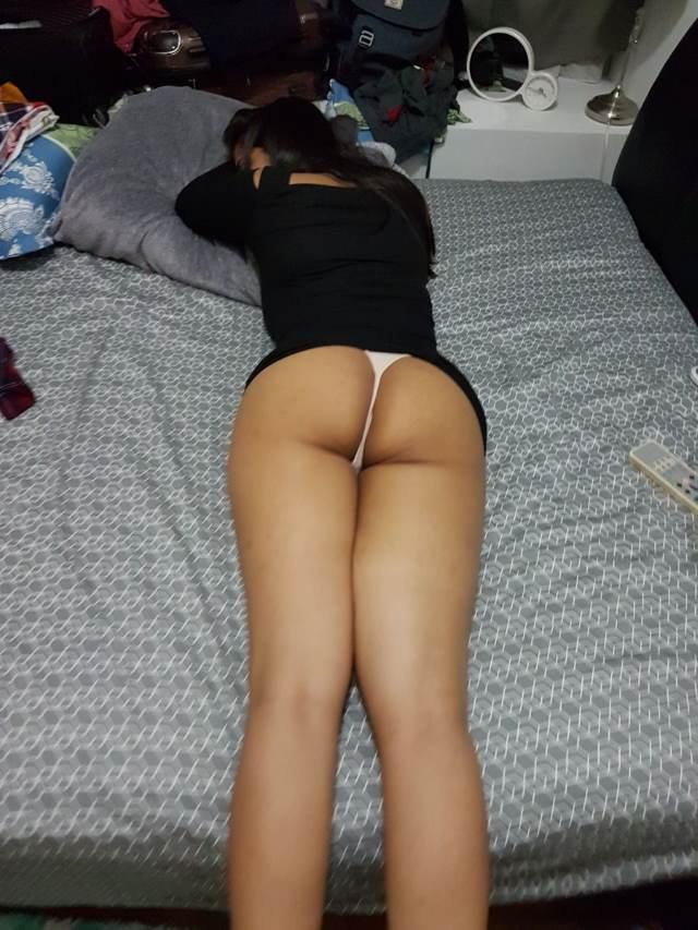 chikni gaand dikha leti chudakkad padosan sex photos
