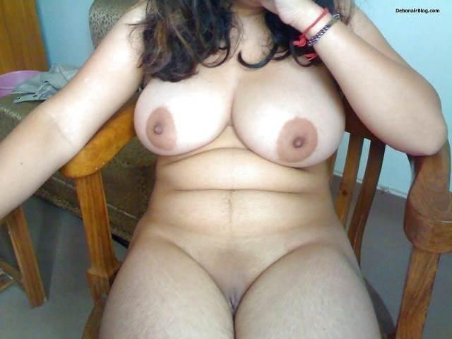 desi hot aunties ke boob photos