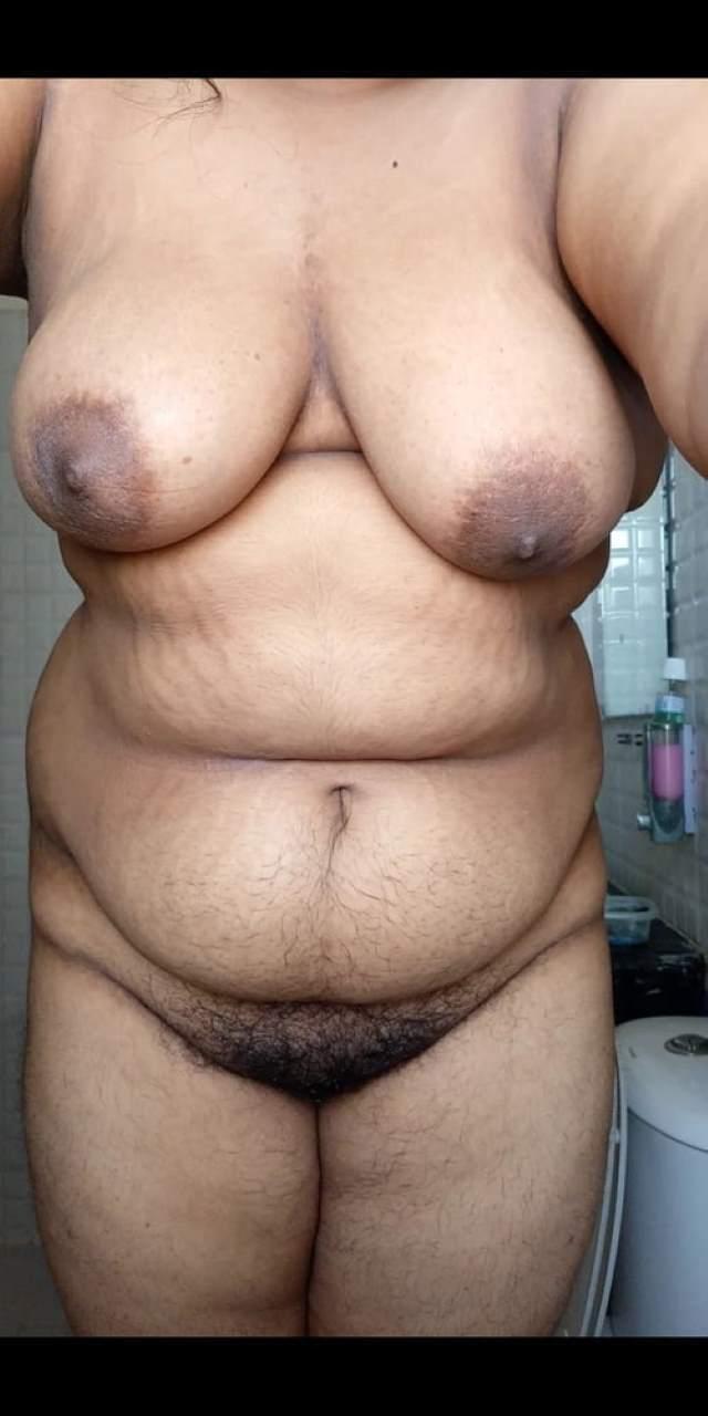 naked chubby bangla bhabhi ki hairy pussy desi hot pic