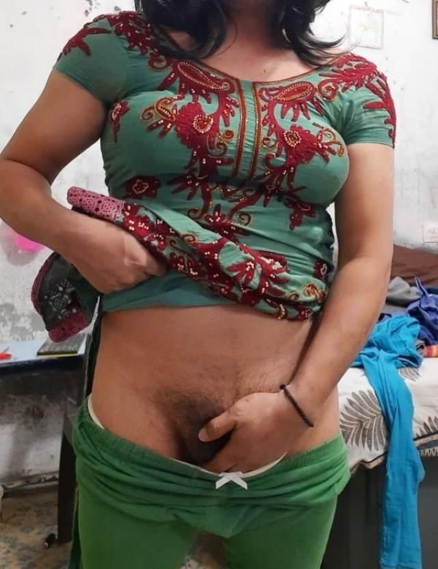 Hot bhabhi rubbing hairy pussy photos - Antarvasna photos