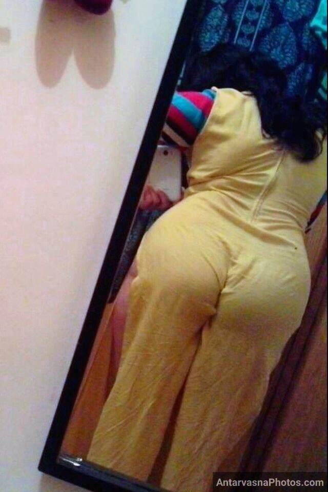 big Indian ass pics se pati ko maja deti aunty