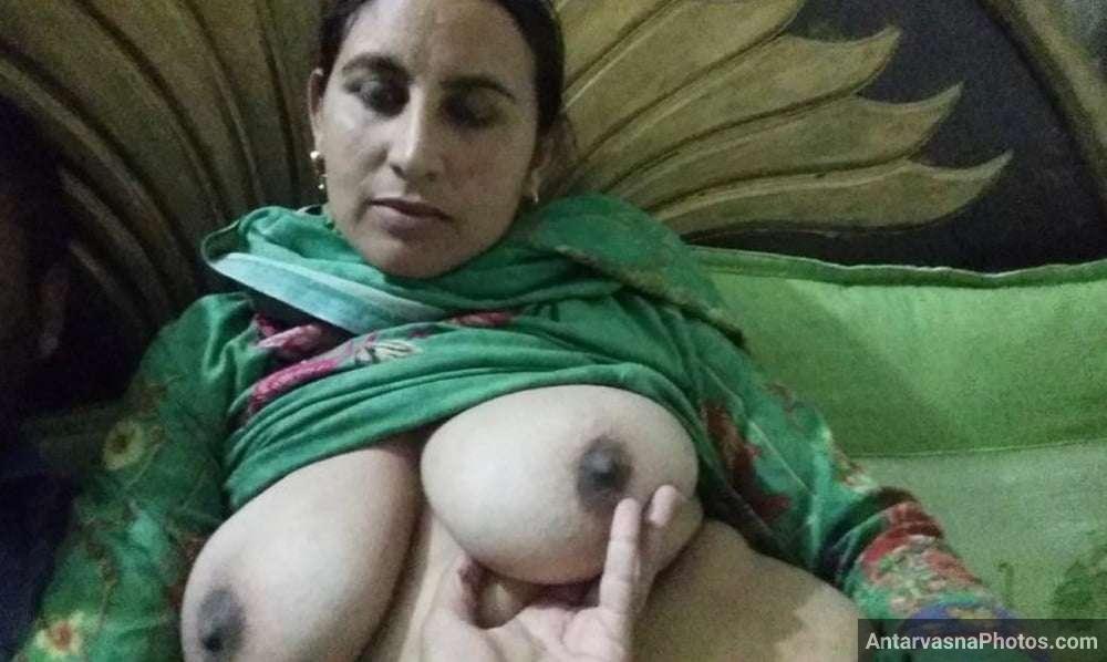 big boobs pakistani aunty