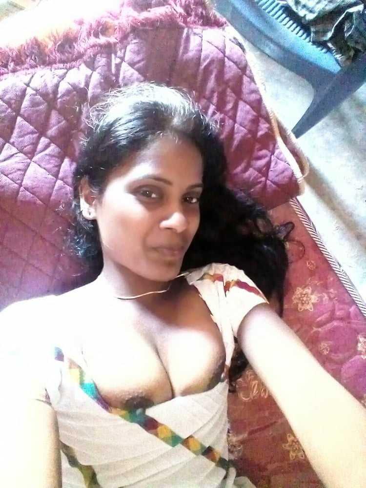 chudasi desi adivasi bhabhi ke hot pics