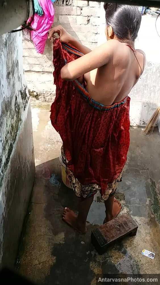 indian village sali nude bathroom photo