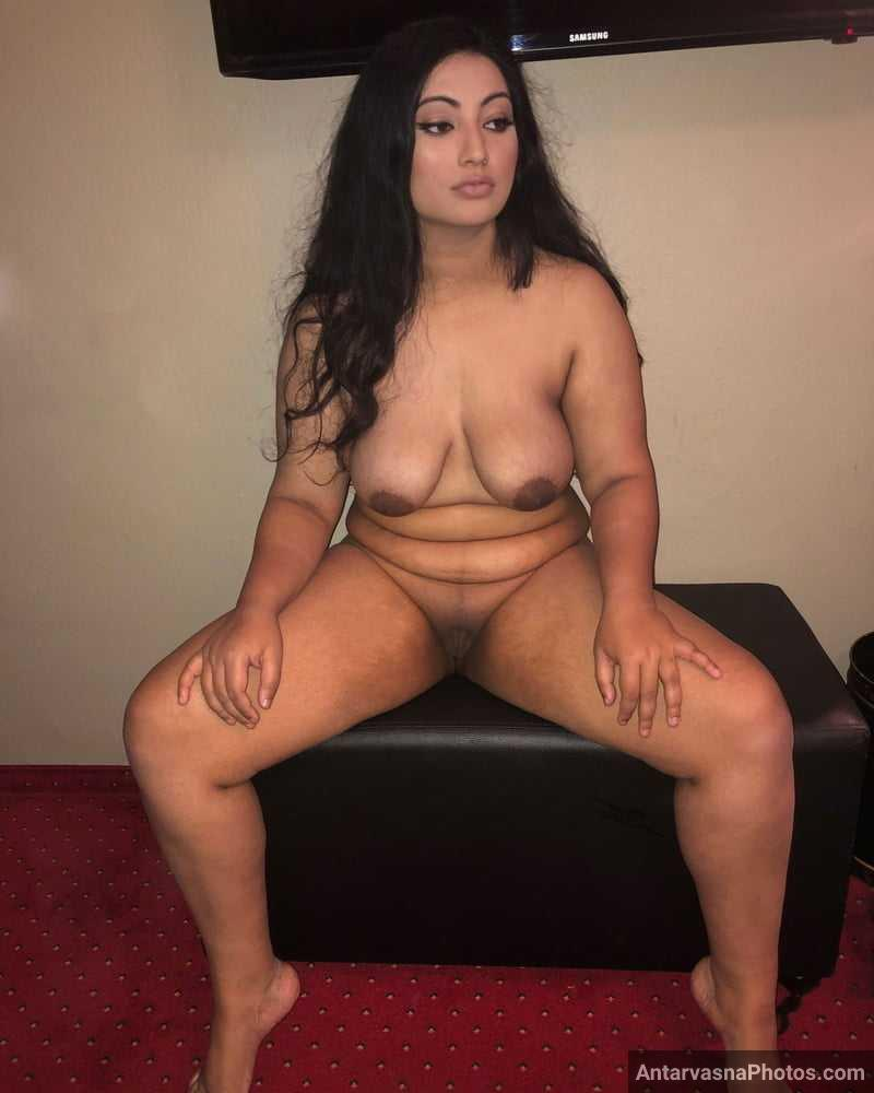 nude indian model pussy